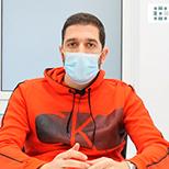 """<a href=""""https://clinicaelgeadi.com/testimonio-calcificacion-tendon-rotuliano/"""">Jorge Llorente</a>"""